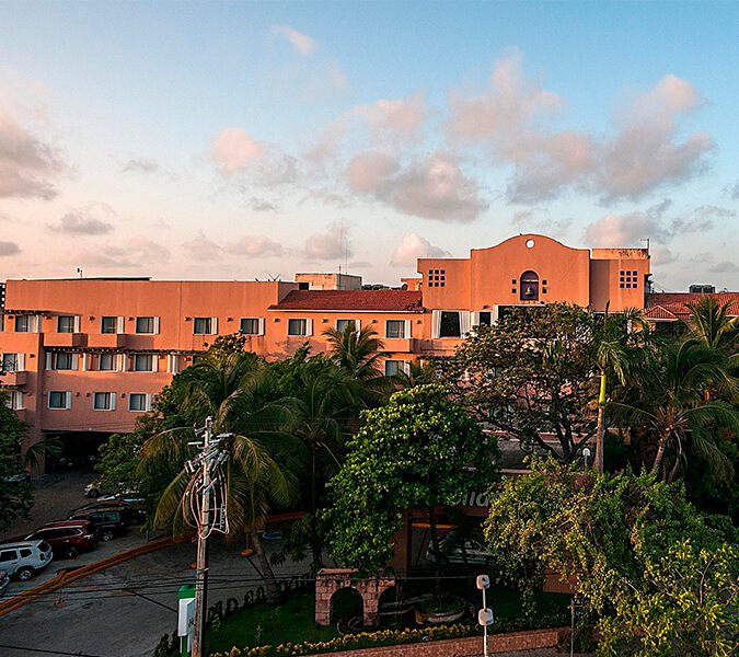 Hotel Holiday Inn Full Service, Ciudad del Carmen, Campeche | Shallow and Deepwater Mexico
