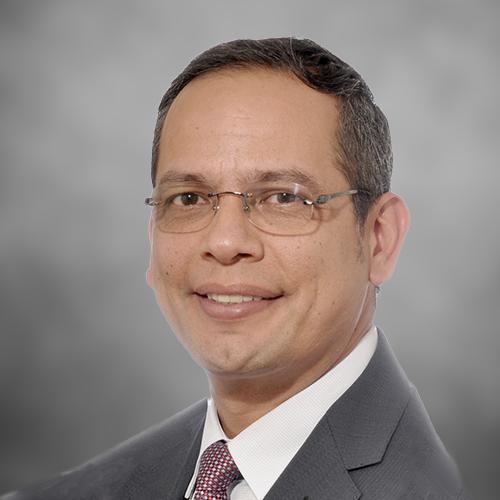 César A. Granados Santos